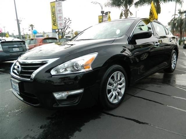Keyes Toyota of Van Nuys 2015 Nissan Altima 2.5 S Sedan 4D $16,791